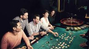 Spieler beim Roulette